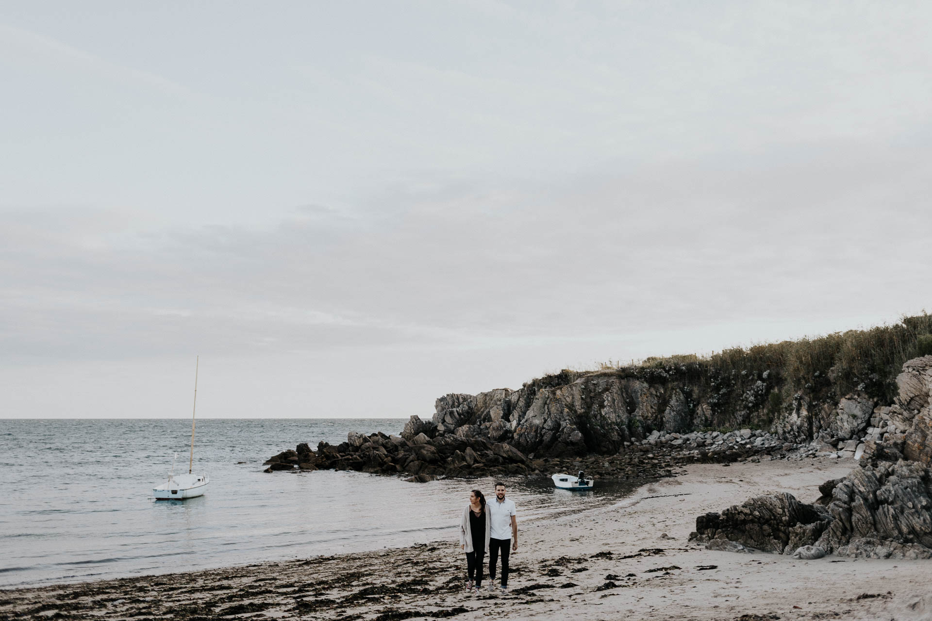 engagement_session_beach_france_flavie_nelly_french_photographer-43