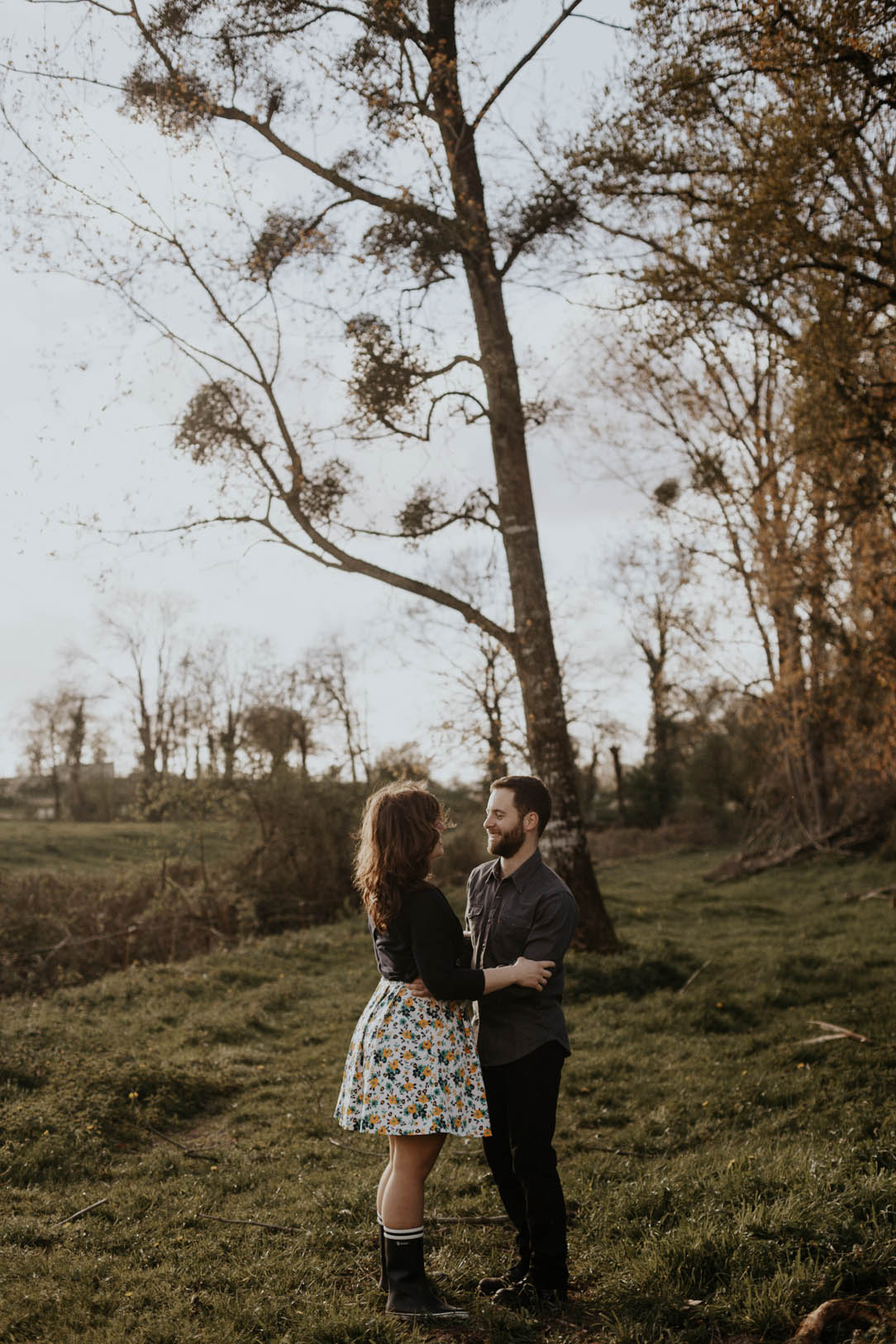 seance_engagement_campagne_vendee_flavie_nelly_photographe_nantes