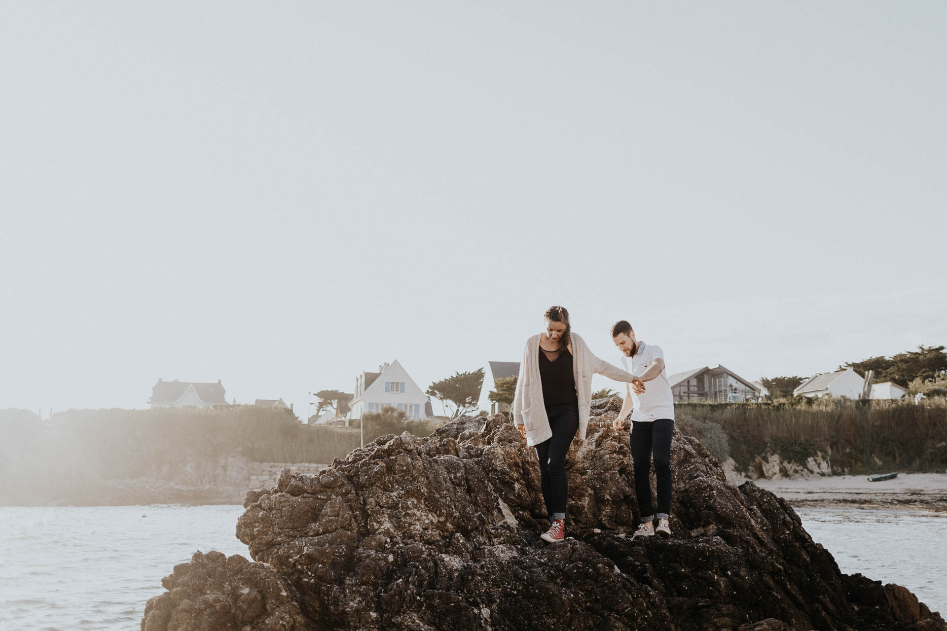 engagement_session_beach_france_flavie_nelly_french_photographer-14
