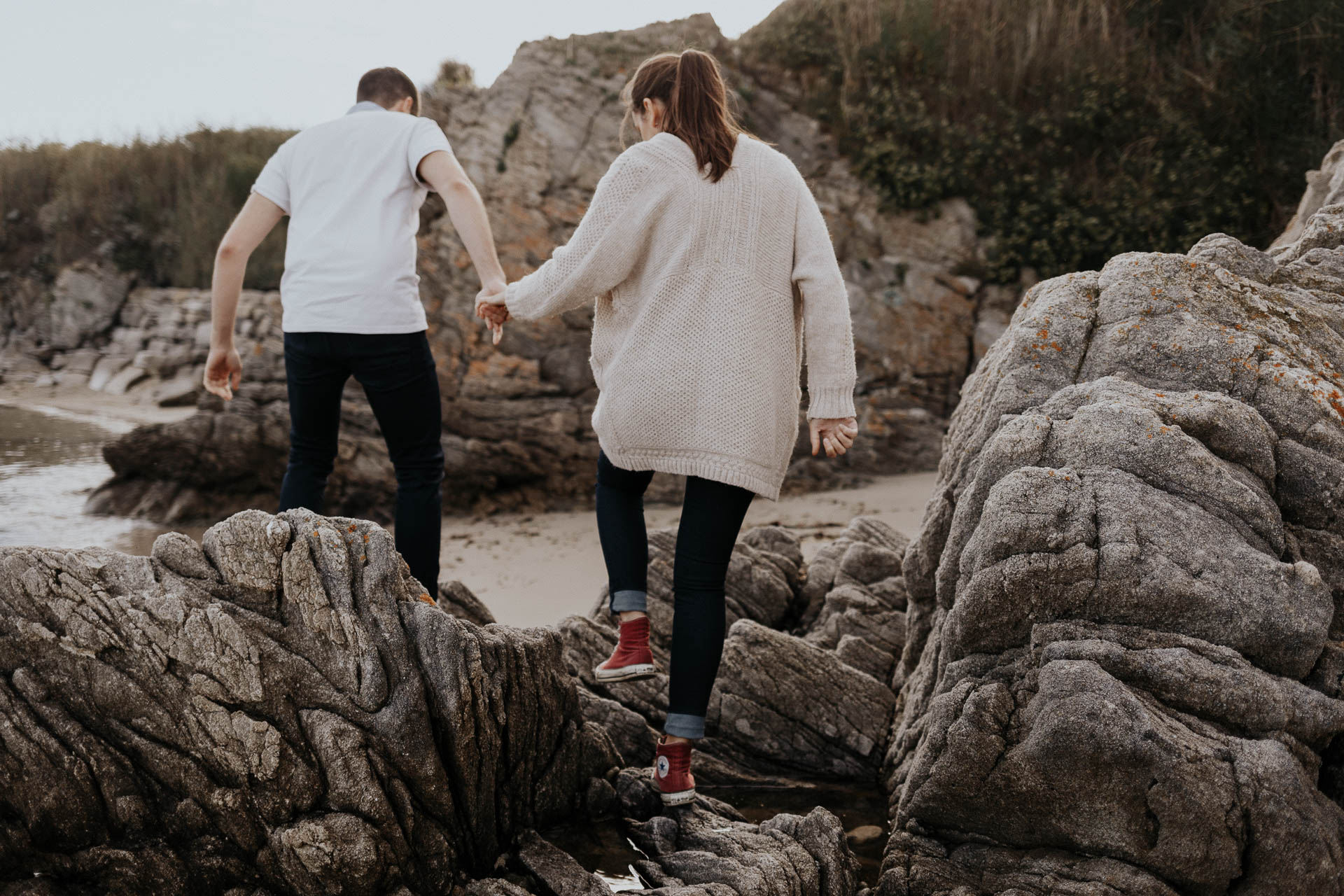 engagement_session_beach_france_flavie_nelly_french_photographer-3