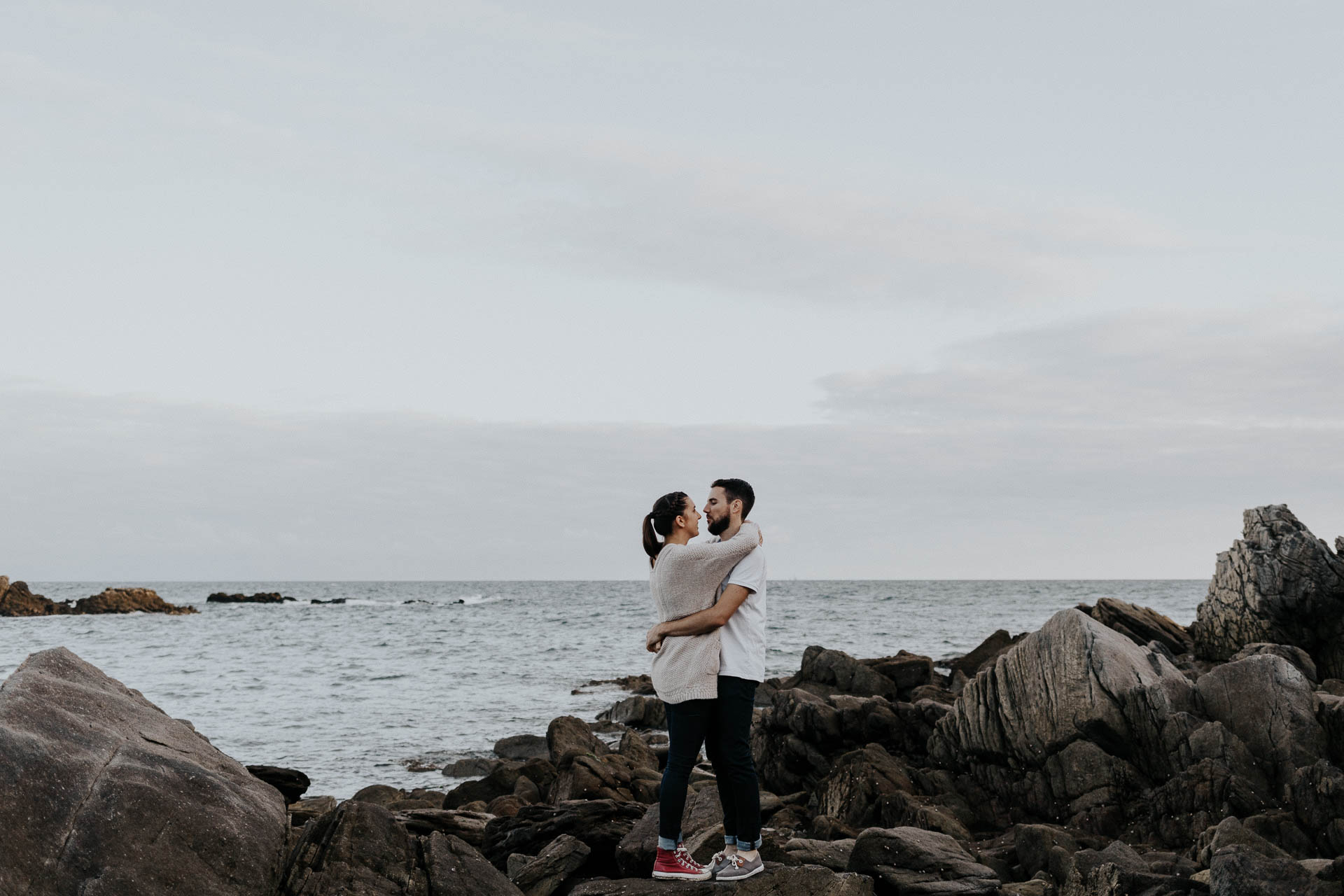 engagement_session_beach_france_flavie_nelly_french_photographer-35